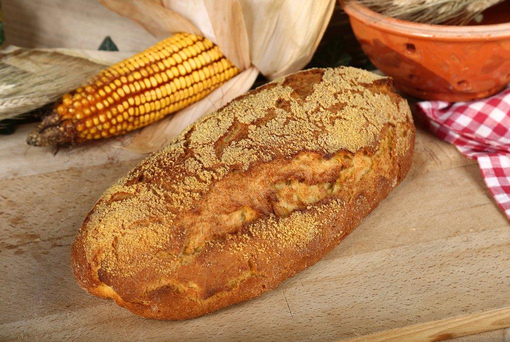 Domaći miješani kukuruzni kruh 700g