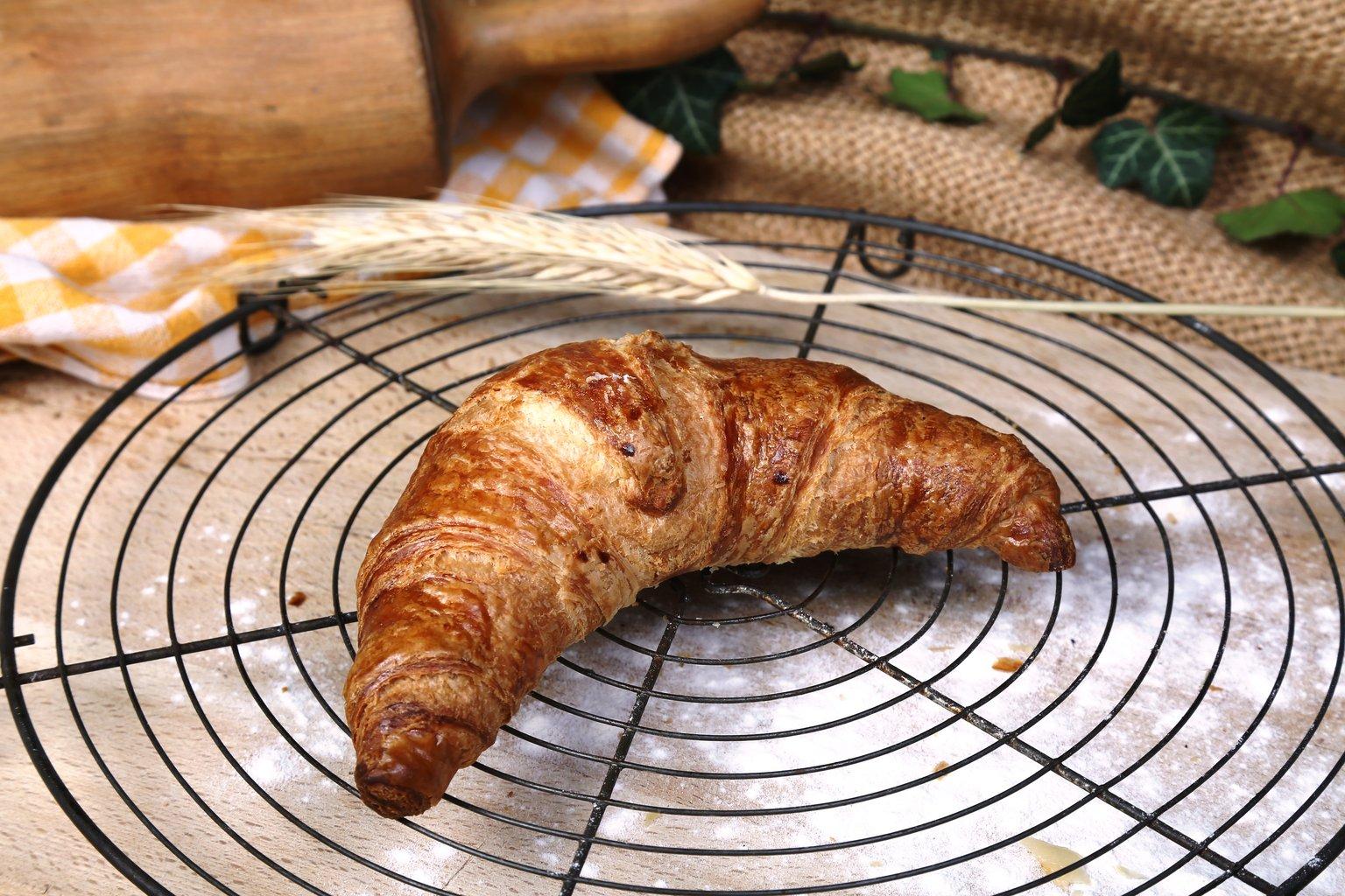 Croissant s maslacem 60g